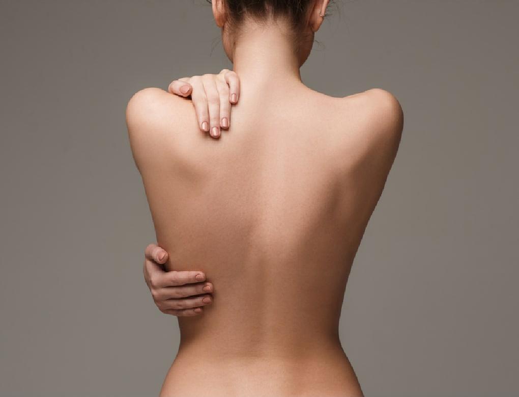 肩甲骨コルギ
